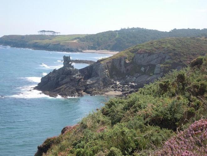 Ruta Trail Running de Navia a Puerto de Vega por la costa (Asturias)
