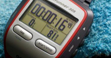 Cómo cambiar la batería del Garmin Forerunner 305