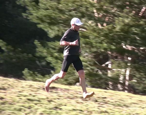 Cómo correr descalzo o minimalista en la naturaleza - Fase de vuelo